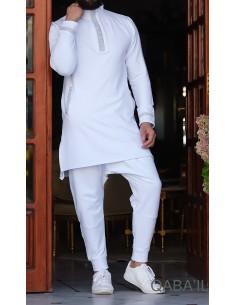 qamis court éminence blanc-qaba'il